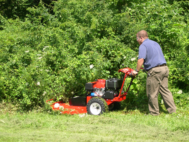 Finding the Best Walk Behind Brush Cutter for the Job